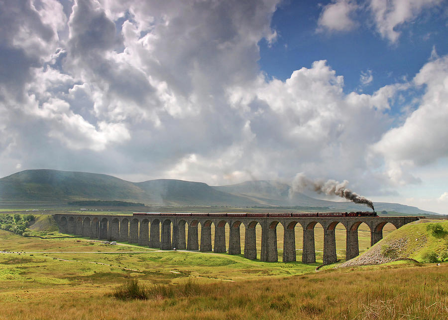 The Viaduct At Ribblehead Photograph by D W Horner