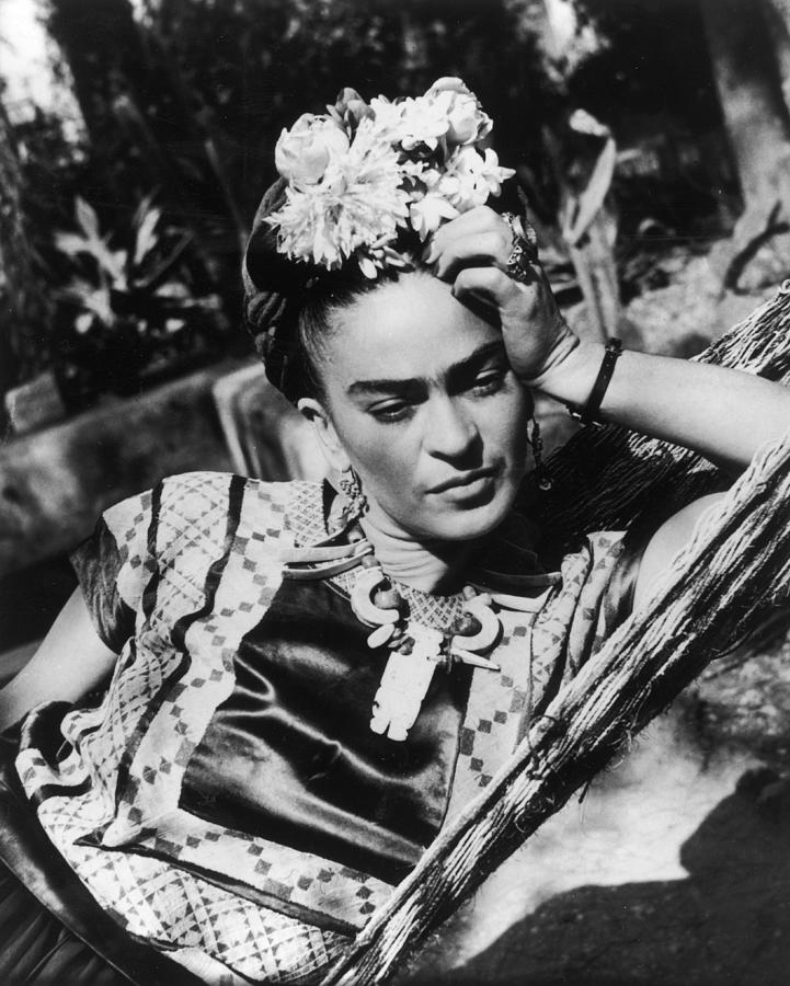 Thoughtful Frida Photograph by Hulton Archive