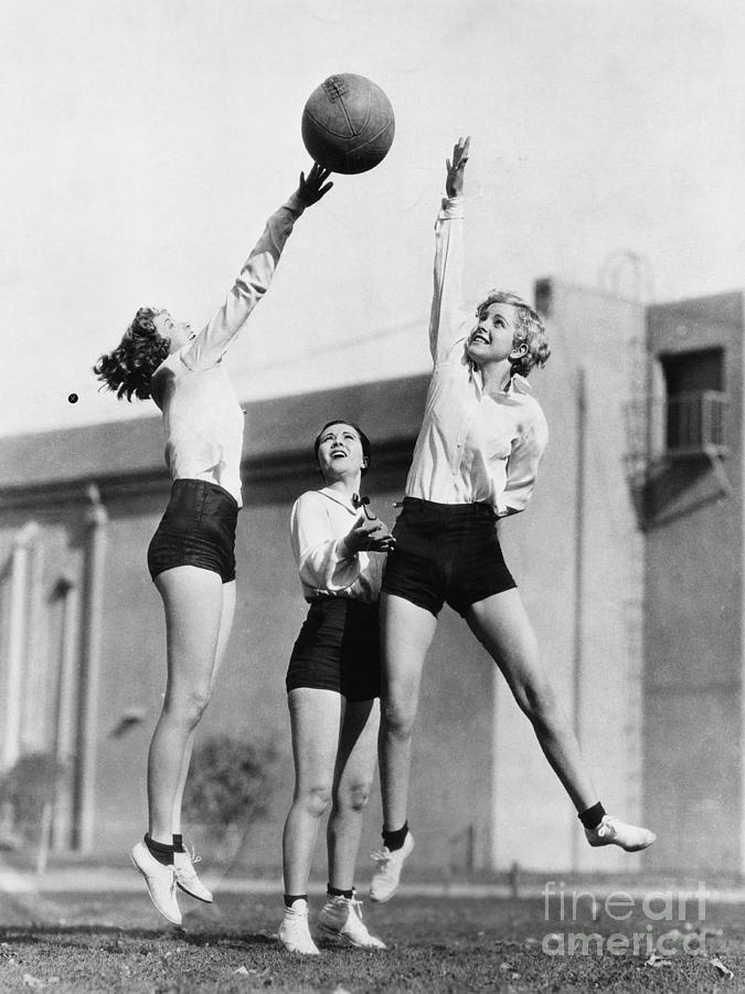 Friendship Photograph - Three Women With Basketball In The Air by Everett Collection