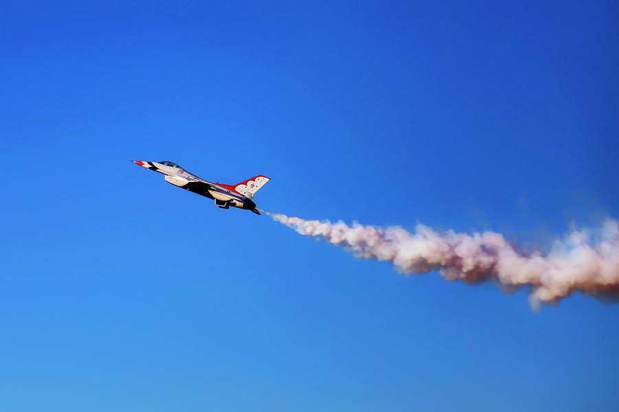 Thunderbird 5 High Alpha Pass - Air Force - USAF F-16 by Jason Politte