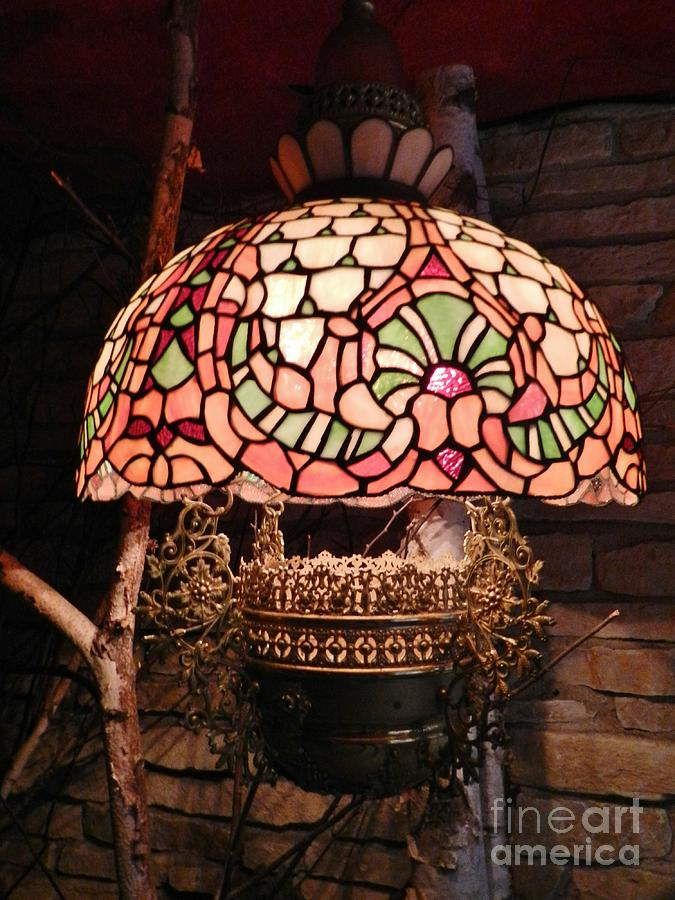 Stained Glass Hanging Lamp.Tiffany Stained Glass Hanging Lamp