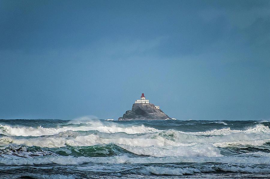 Tillamook Rock Lighthouse near Cannon Beach by NaturesPix