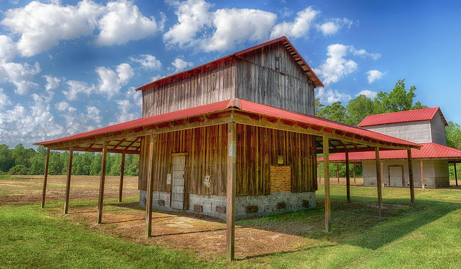 Tobacco Barns #3732 by Susan Yerry