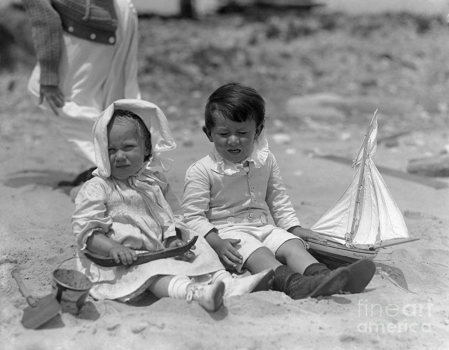 Toddlers 2-3 Years On Beach Photograph by Bettmann