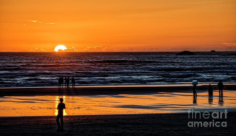 Tofino Sunset 1 by Mauro Celotti