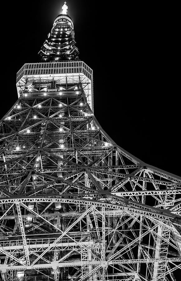 Tokyo Tower, Tokyo, Japan Photograph by Yuichiro Chino