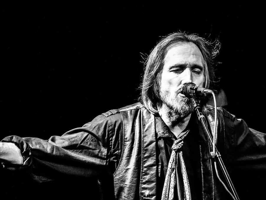Tom Petty Photograph - Tom Petty by John Hardin