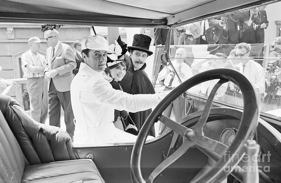 Tony Curtis, Natalie Wood, And Jack Photograph by Bettmann