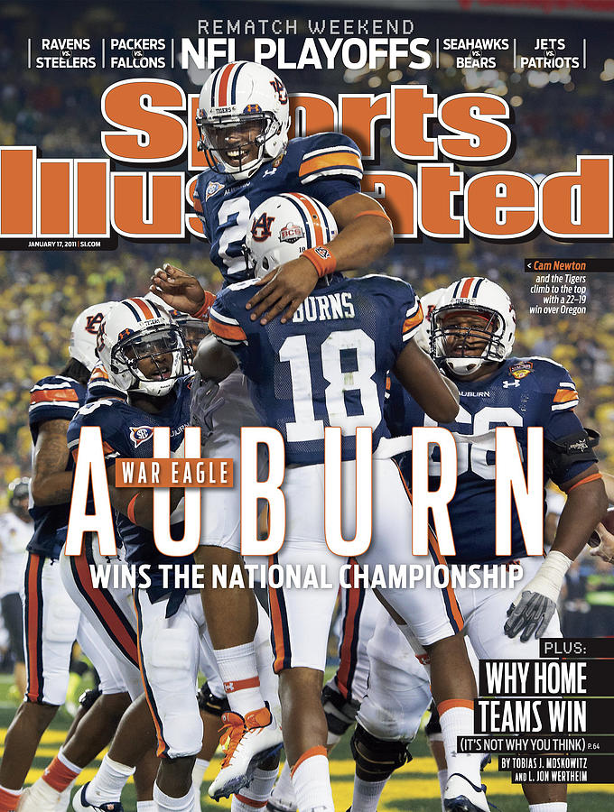 Magazine Cover Photograph - Tostitos Bcs National Championship Game - Oregon V Auburn Sports Illustrated Cover by Sports Illustrated