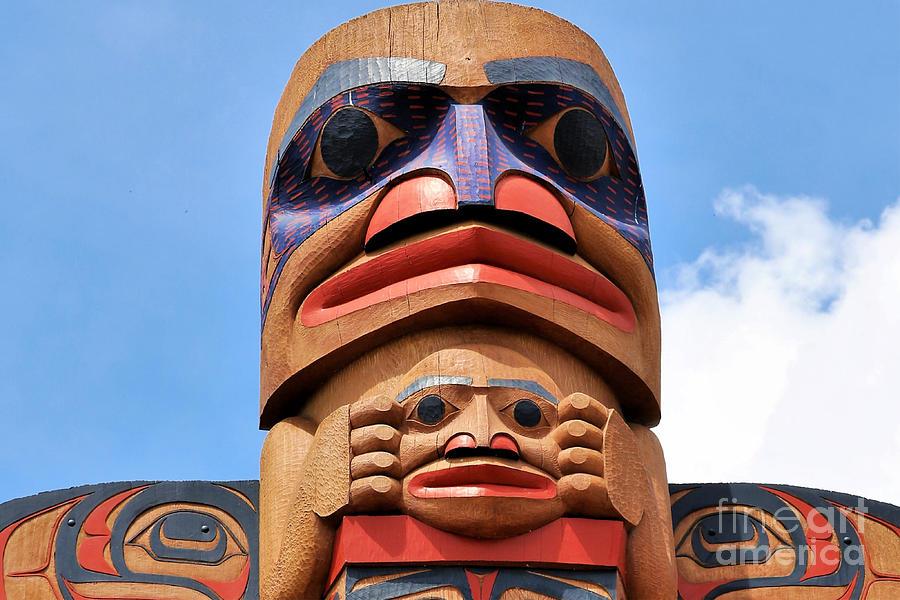 Totem Art Of The Northwest Photograph