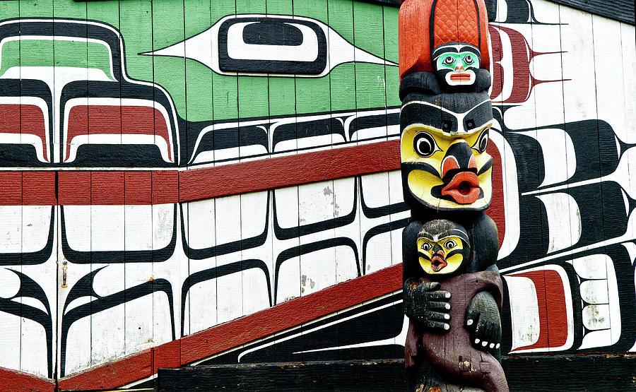 Totem Pole Photograph by Sankar Raman