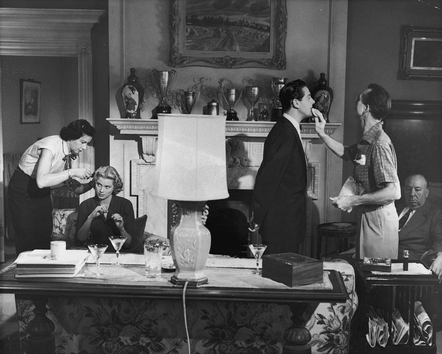 Touch Up Photograph by Hulton Archive