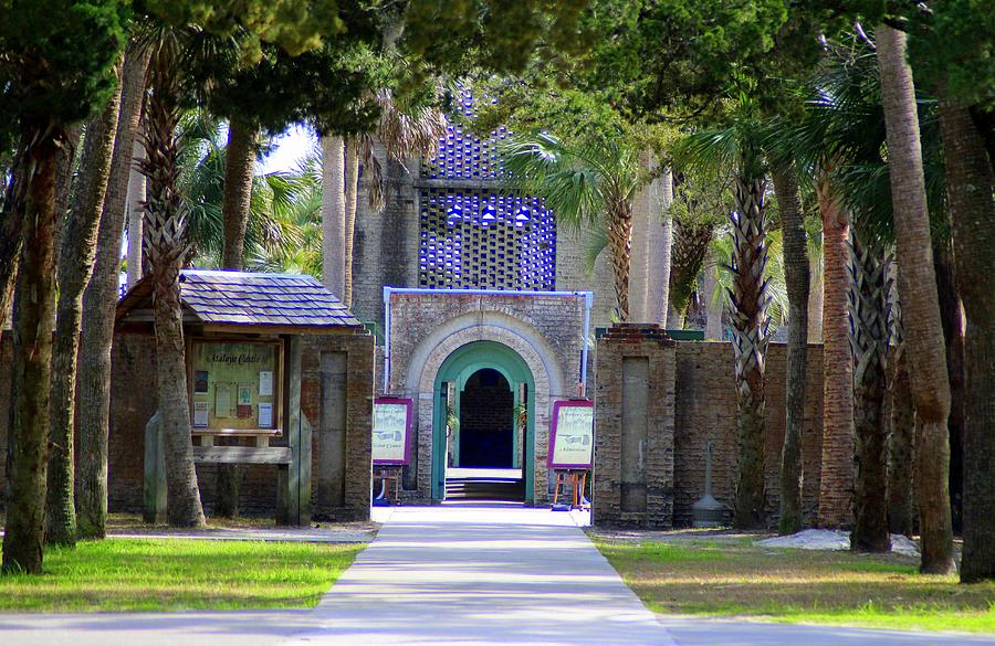 Tour Atalaya Castle  by Cynthia Guinn
