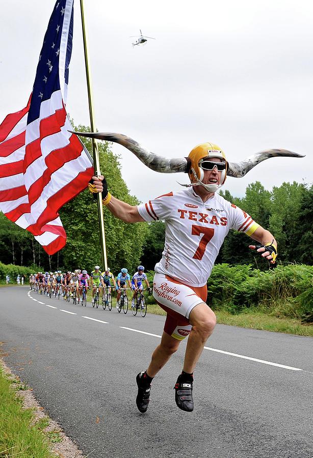 Tour De France 2009 Stage Ten Photograph by Jasper Juinen