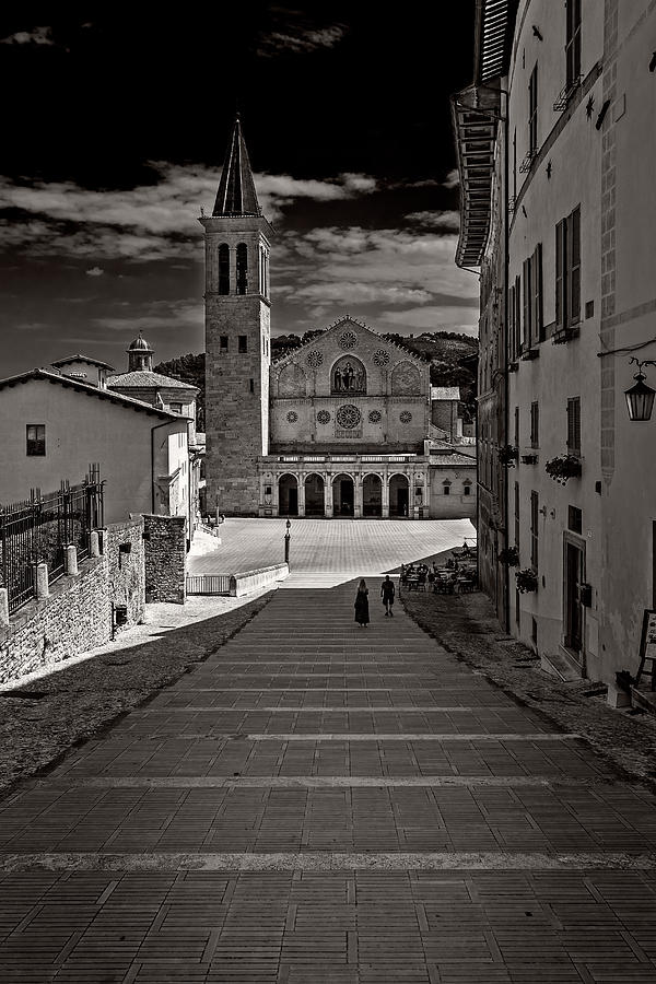 Toward the cathedral by Roberto Pagani