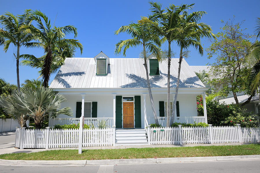 Townhouse In Key West Florida Photograph by Pidjoe
