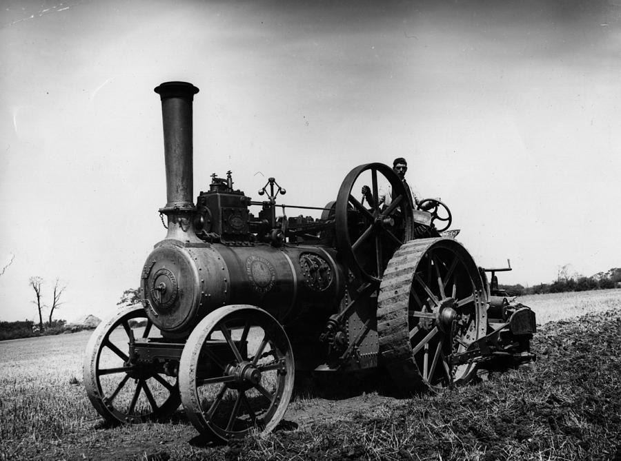 Traction Engine Photograph by Hulton Archive