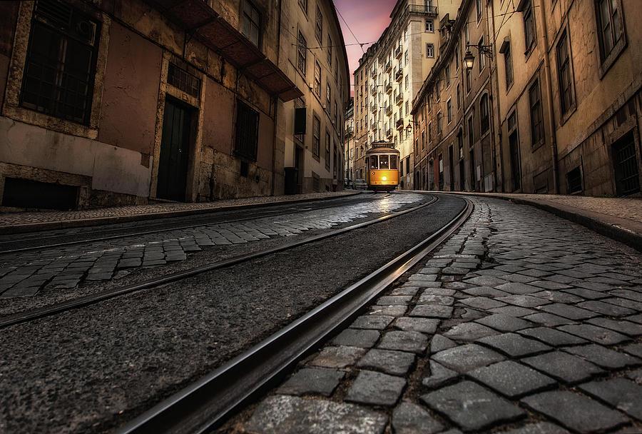 Tram 28 by Jorge Maia