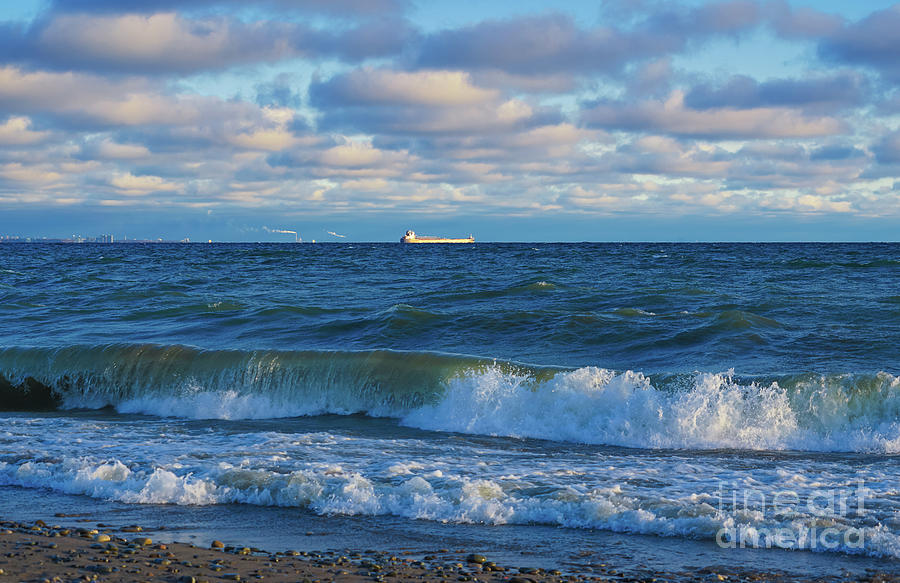 Traversing The Great Lakes by Rachel Cohen