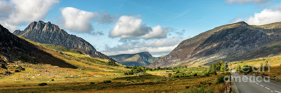 Tryfan Mountain Photograph - Tryfan And Ogwen Valley Autumn Panorama by Adrian Evans