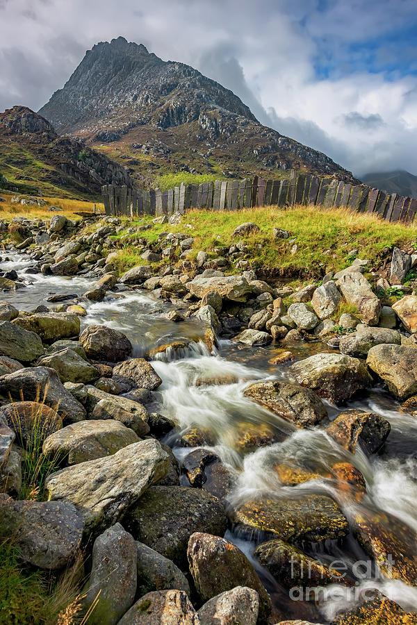 Tryfan Mountain Photograph - Tryfan East Snowdonia by Adrian Evans