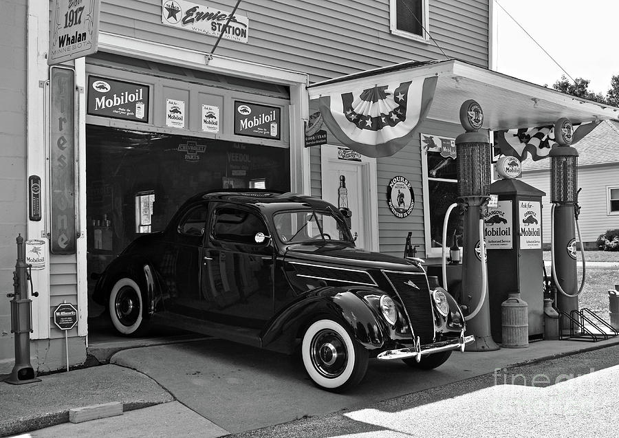 Tune-up And Wash At Ernies Photograph