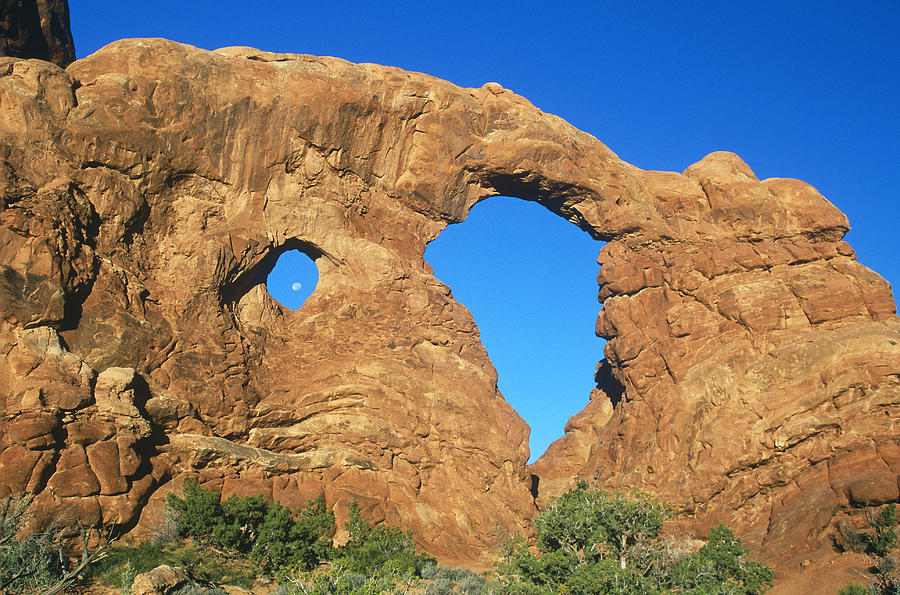 Arch Photograph - Turret Arch With Moon by David Hosking