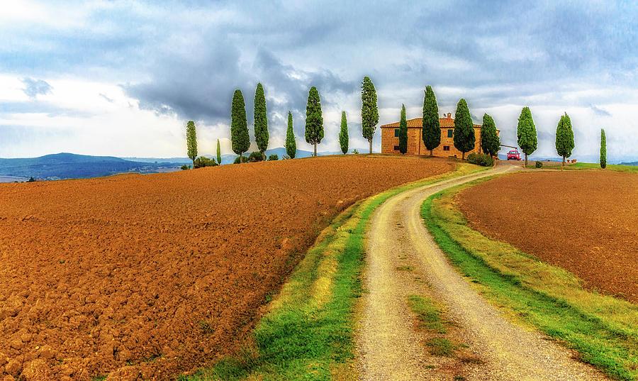 Tuscan Living by Lev Kaytsner