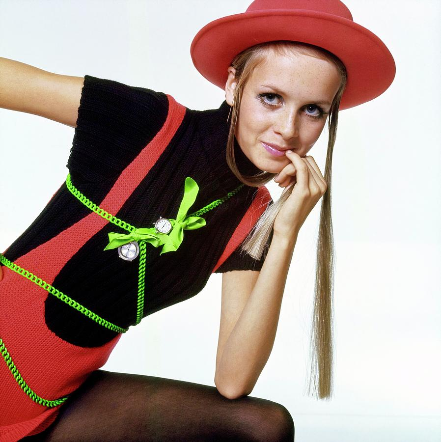 Twiggy With Piaget Watches Drawing by Bert Stern