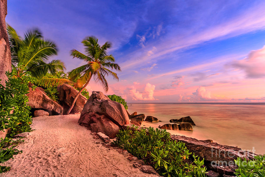 Twilight sky at La Digue by Benny Marty