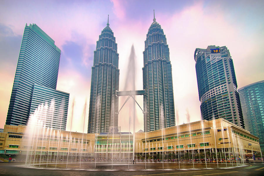 Twin Tower At Klcc Photograph by Seng Chye Teo