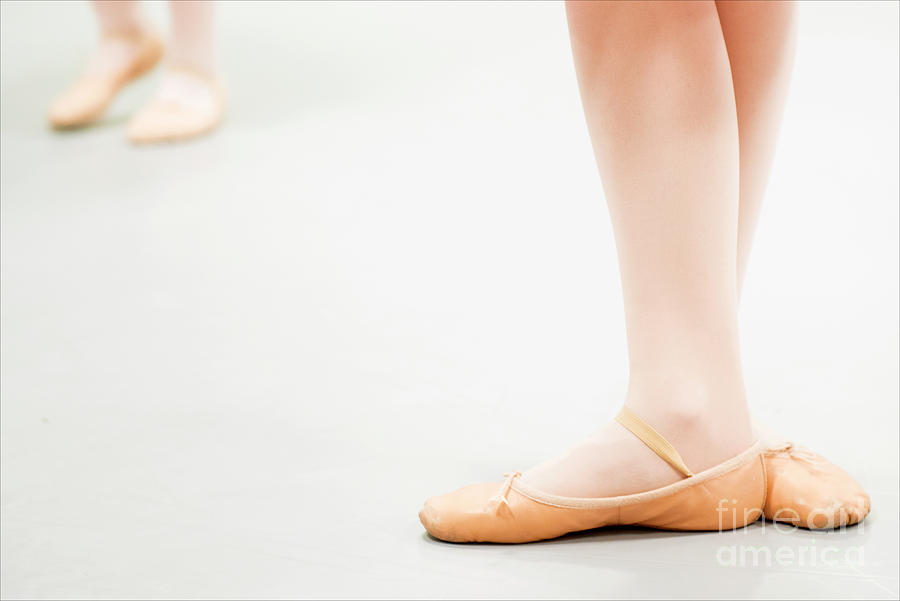 Two Ballet Dancers by Guido Koppes