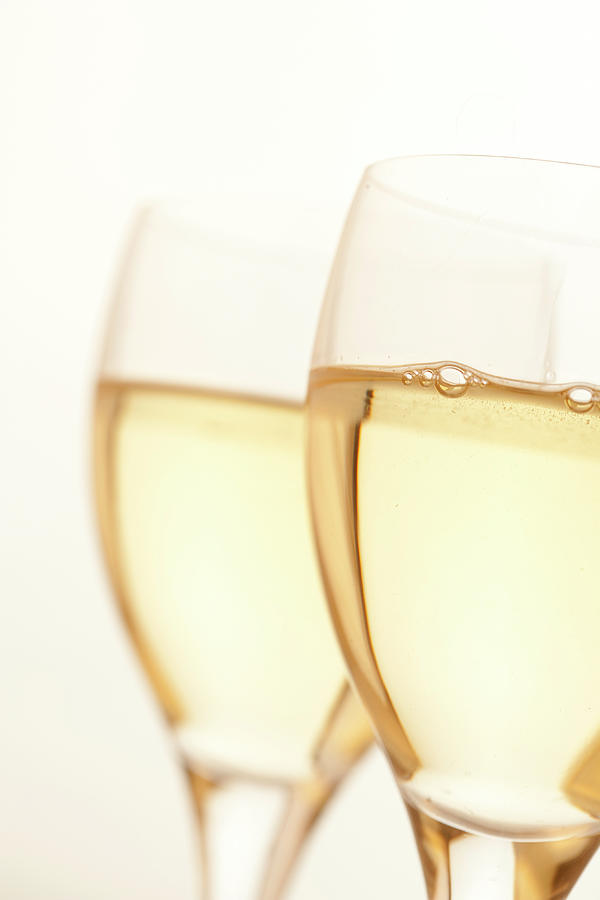 Two Glasses Of White Wine Photograph by Ross Durant Photography