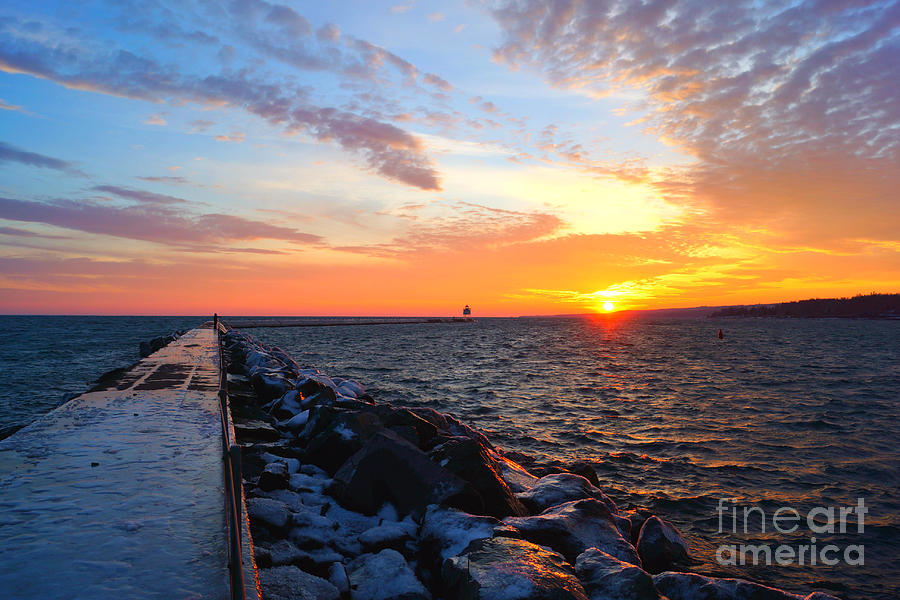 Two Harbors Sunset 4 by Kyle Neugebauer