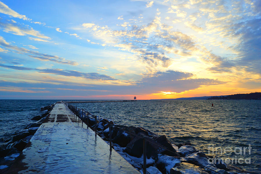 Two Harbors Sunset by Kyle Neugebauer