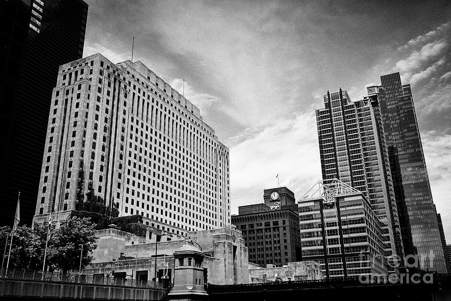 Chicago Photograph - Two North Riverside Plaza The Original Chicago Daily News Building With Riverfront Buildings Chicago by Joe Fox