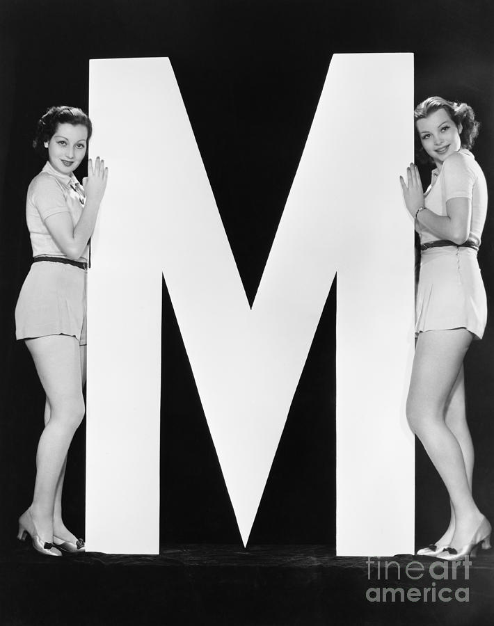 Testimonial Photograph - Two Women Posing With Huge Letter M by Everett Collection