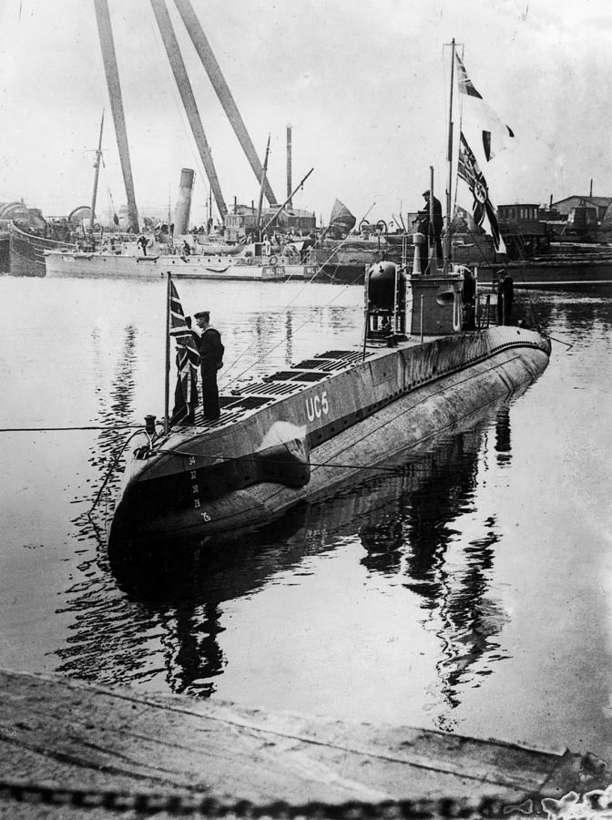 U-boat Photograph by Hulton Archive