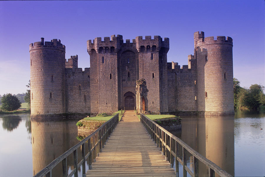 Uk, England, Sussex, Bodiam Castle Photograph by Peter Adams