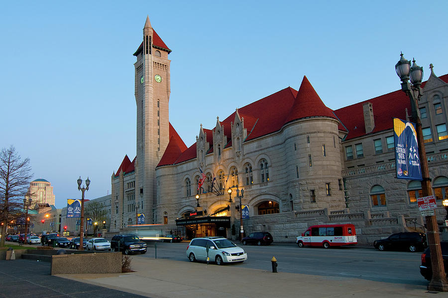 Union Station by Steve Stuller