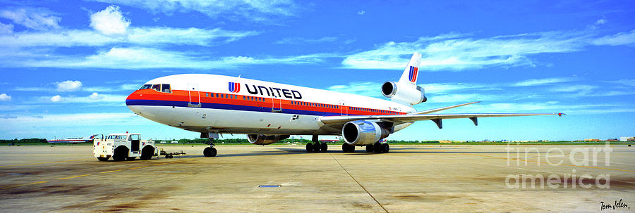 united DC10-30 white livery  by Tom Jelen