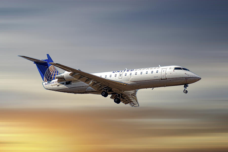 United Express Mixed Media - United Express Bombardier Crj-200lr by Smart Aviation