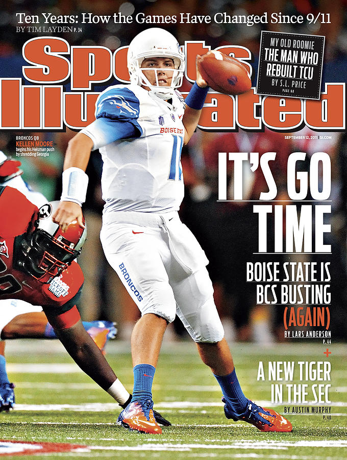 University Of Georgia Vs Boise State University Sports Illustrated Cover Photograph by Sports Illustrated
