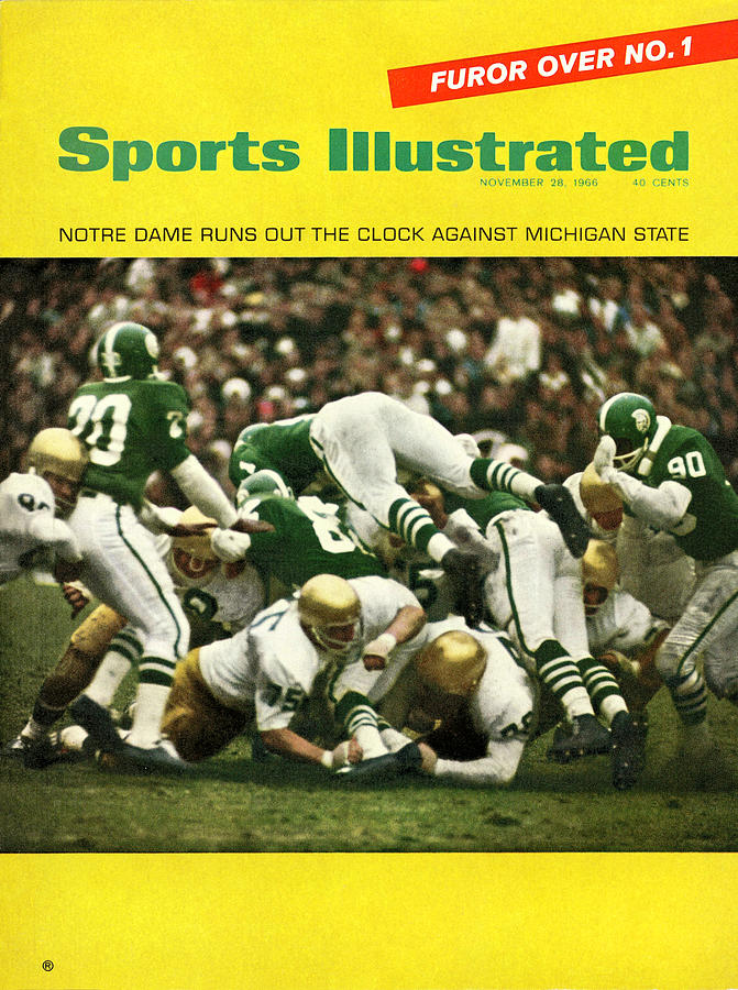 University Of Notre Dame Football Sports Illustrated Cover Photograph by Sports Illustrated