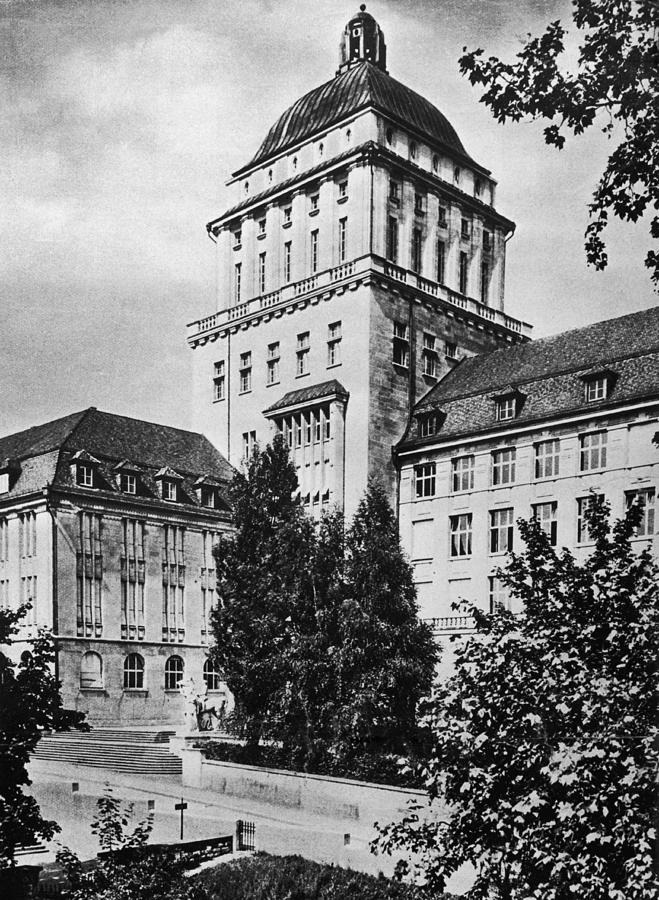 University Of Zurich Photograph by Hulton Archive