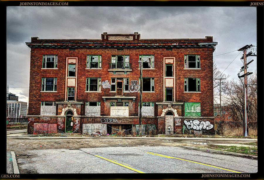 Urban Decay Building In Detroit Photograph By Don Johnston
