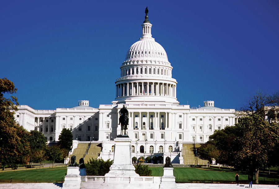 U.s. Capitol Building In Washington Photograph by Medioimages/photodisc