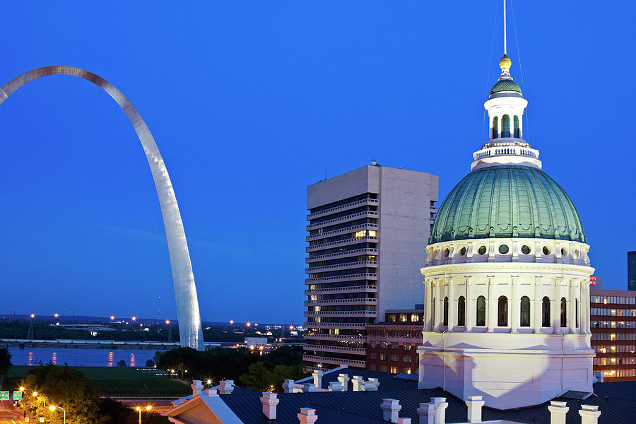 Usa, Missouri, St Louis, Getaway Arch Photograph by Tetra Images - Henryk Sadura