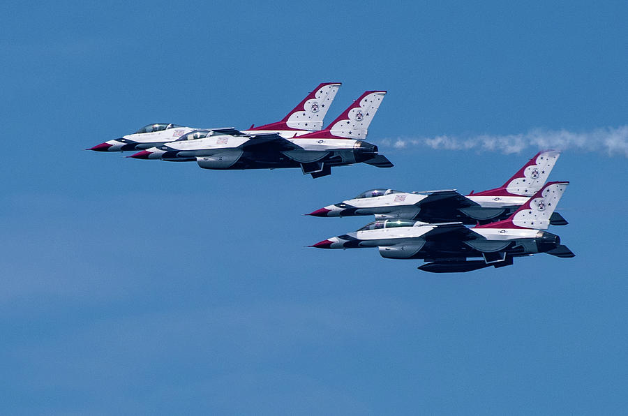 USAF Thunderbirds by Dean Ginther