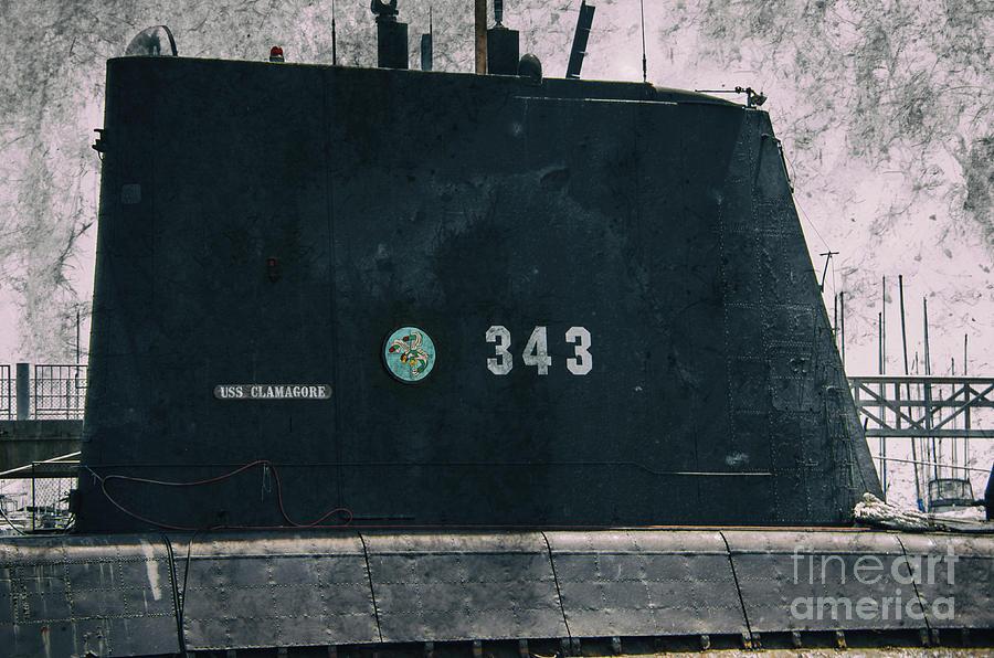 Uss Clamagore 343 World War II Navy Sub Photograph